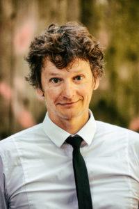 Portrait, Christoph Simon, Nummer Vier